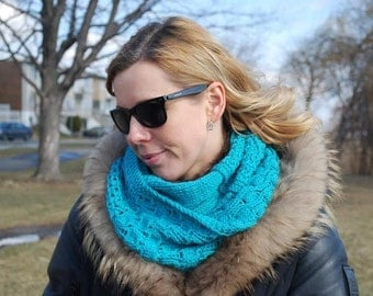 Teal knit infinity scarf