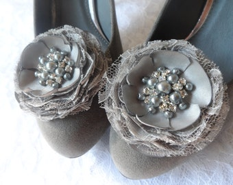 Bridal Gray Shoe Clips / Bridal Hair Flowers / Wedding / Wedding Flower Hair Accessories / Bridesmaids / Set of 2 Handcrafted Flowers..