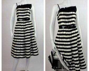 HOLIDAY SALE 1980's Rockabilly Dress / 80's Black & White Striped Satin Prom Dress / 80's A. J. Bari Cocktail Dress / Full Skirt Steampunk D
