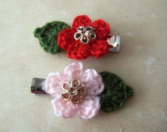 Handmade Crochet Flowers Hair Clips. Pink and Red Crochet Flower Hair Clips. Handmade Flower Hair Clips.