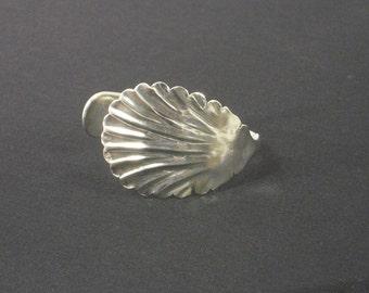 BEAUTIFUL Silverware Sugar Spoon Bracelet with Shell Scoop