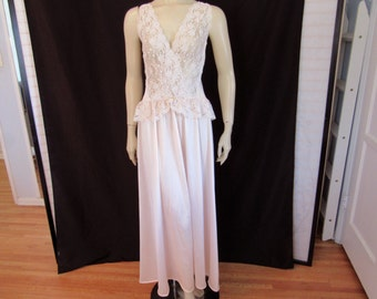 Vintage 70s Pink Blush Honeymoon Peplum Ruffle Sheer Lace Crisscross Tie negligee Nightgown size L