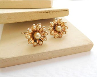 Vintage Signed Coro Off-White Faux Pearl Gold Tone Flower Screw Back Earrings