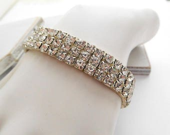 Retro Shimmering Clear Rhinestone Triple Row Stretch Bangle Bracelet N30