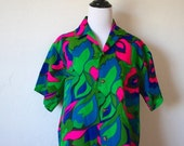 HOLIDAY SALE Vintage Psychedelic Hawaiian Print Blouse
