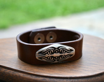 Leather bracelet with metal concho - Handmade