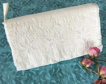 Handmade White Cotton/Poly. Embroidered Clutch Purse. Feminine Wedding or Bridal White Clutch Purse. Never Used White Wedding Clutch Purse.