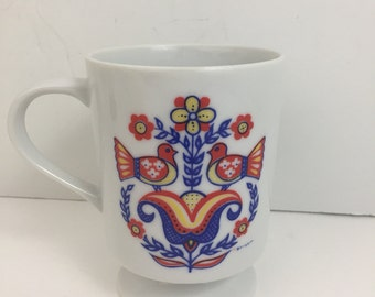 Berggren Scandanavian Dove Mug pedistal Folk Art Floral Cup
