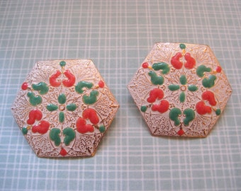 Vintage Floral Earrings with Filigree Gold Tone and Pastel Enamel 1970s Chic Hexagon Posts