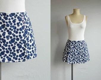 Vintage 60s Scooter Skirt / 1960s Polka Dot Print Skort Shorts