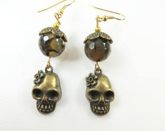 Golden skull earrings