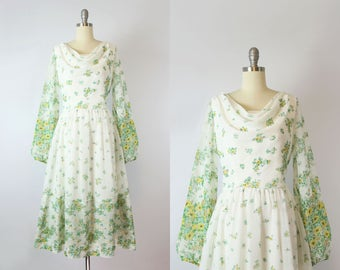 vintage 70s floral dress / 1970s green and white floral cotton voile dress / spring floral garden dress / Spring Trellis dress