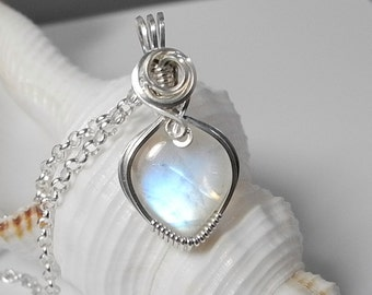 Rainbow Moonstone Pendant, Wire Wrapped Moonstone, Moonstone Pendant, Blue Moonstone, Necklace, Moonstone Jewelry, Blue Moonstone Pendant