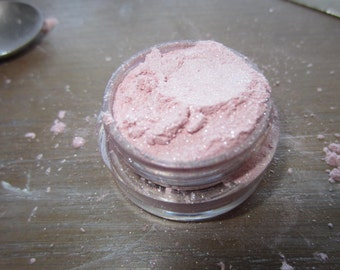 "Hunger Games inspired mineral eye shadow ""Primrose"" 5 gram jar"
