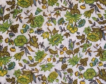 Floral Cotton Fabric / Vintage Floral Fabric / Green , Yellow and Brown Floral / Cotton Blend Fabric / Green Floral Fabric / Vintage Fabric