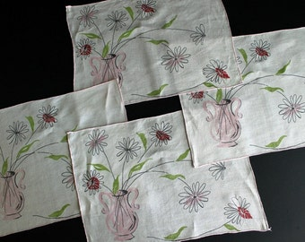 Vintage Linen Place Mats Set Of 4 Retro Pink and Green Floral Graghics Placemats
