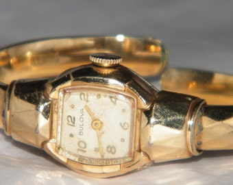 Vintage Ladies Bulova Stamped 10K Windup Cocktail Bangle Watch