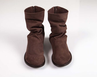 Short Pleated flat boots, Brown Winter shoes, pleated leather boots, pleated brown leather boots