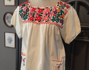 60s Embroidered Mexcian Peasant Smock Blouse