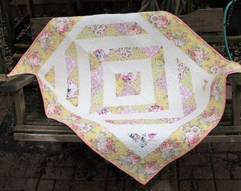 Quilt - Baby Quilt - Baby Girl Quilt - Baby Grace Victorian Inspired Quilt - Shabby Chic Quilt - Shower Gift for Baby Girl - Table Topper