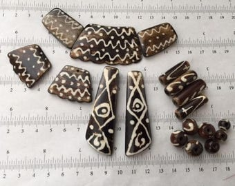 18pcs set-carved wood beige brown beads, hand painted side drilled, African beads, native beads, necklace earrings beads