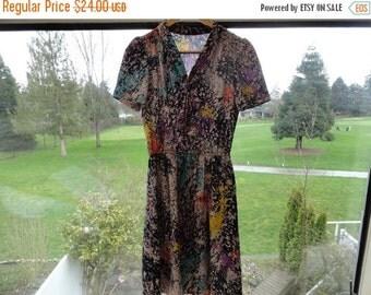 SALE Vintage Secretary Dress Multicoloured Printed Size S M