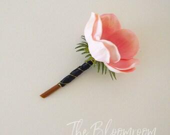 Anemone boutonniere / Pink boutonniere / Boutonniere / Wedding boutonniere / Groom boutonniere / Wedding buttonhole / Buttonhole /