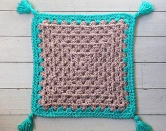 Chunky Blanket // Modern Crochet // Handmade // Nursery