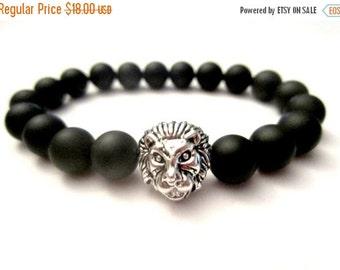 SALE Onyx Lion Bracelet. Men's Bracelet. Lion Bracelet. Matte Onyx Bracelet. Beaded Bracelet. Stretch Bracelet. Lion Charm. Stretch Bracelet