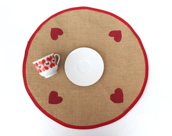 Round tablecloth Circle tablecloth with hearts Red hearts tablecloth Natural tablecloth Small round tablecloth Vintage small tablecloth