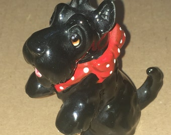 Miniature Norcest Black Scottish Terrier Dog Figurine Shadowbox Dollhouse Made in Japan