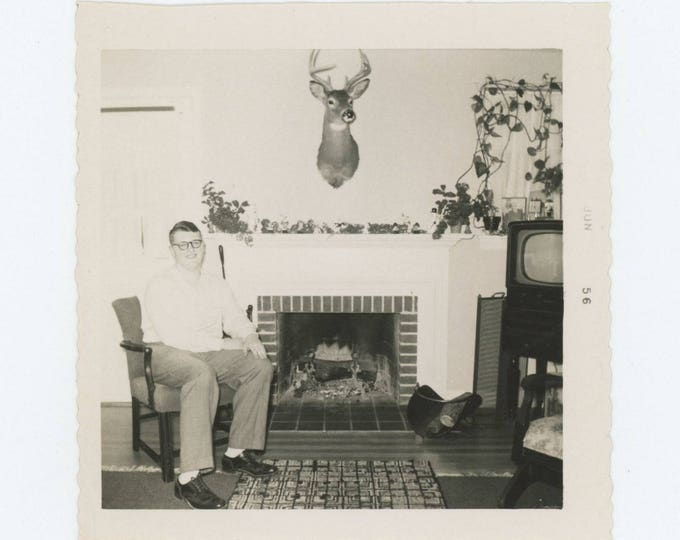 Vintage Snapshot Photo: Home and Hearth, 1956 (75575)