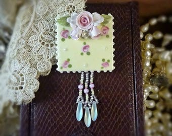 Brooch Pink and Yellow Chintz Pin