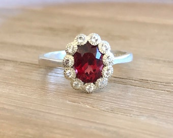 Garnet Engagement Ring- Oval Promise Ring for Her- Red Gemstone Solitaire Ring- Wedding Bridal Stone Ring- January Birthstone Ring