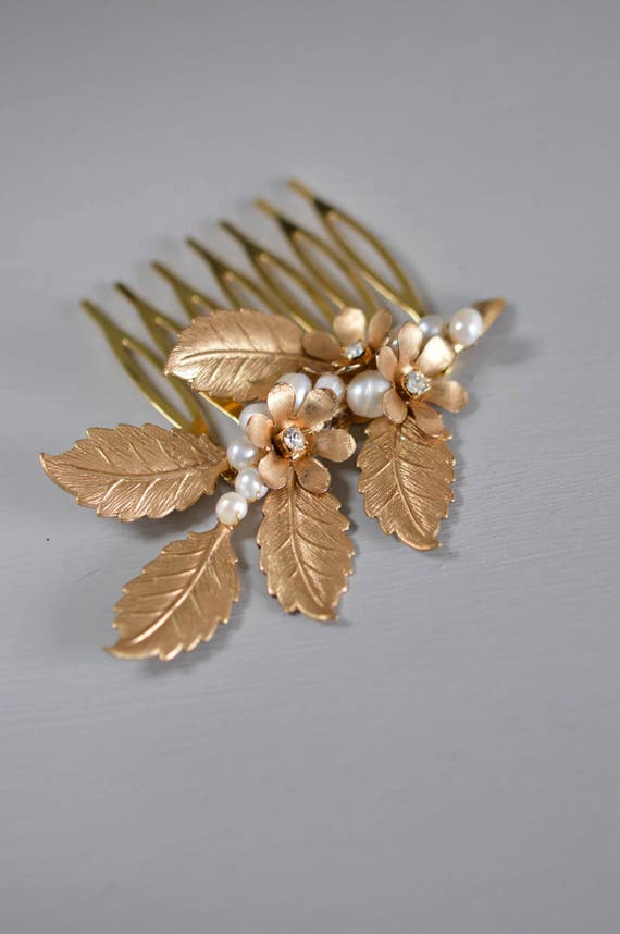 Wedding Hair Comb - Wedding Hair Accessories - Blossom Hair Vine - Gold Bridal Headpiece - Bridal Hair Comb - Hair Jewelry - White and Gold