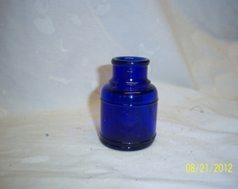 1910's Cobalt Blue Round Ink Bottle 2 1/2-2/3/4 inches tall School Desk Pupil