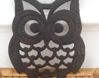 cast iron owl trivet / mid century