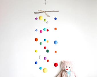 Long Driftwood Mobile with Felt Balls -- Colorful Felt Poms / from 2 cm to 5 cm -- Gender Neutral Nursery Decoration -- Ready to ship