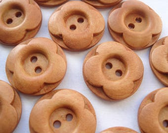 20mm Round Wooden Sewing Button, 2-hole Light Brown Flower Patterned Buttons Pack 0f 12 Light Brown Buttons W2013