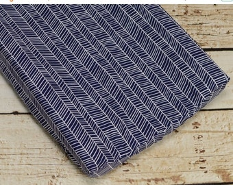 10% OFF FLASH SALE Changing Pad Cover in navy herringbone fabric, woodland chic
