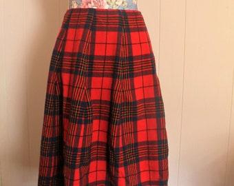 Sale! Vintage 70's Pendleton Red & Black Women's Wool Plaid Skirt