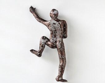 3d wall art, Climbing man sculpture, wire mesh, home decor, metal wall art, metal sculpture, rock climbing
