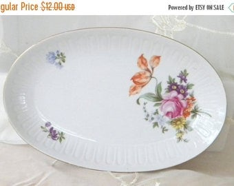 May Sale Henneberg Porzellan Oval Porcelain Floral Plate, Vintage Item from the 1970s, Made in the GDR, German Democratic Republic,