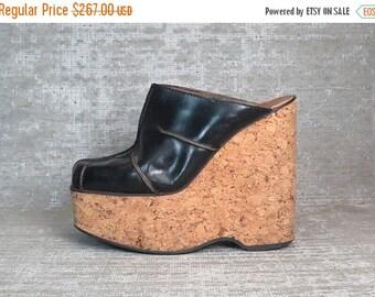 Vtg 70s Blk Leather Cork Platform Wedge Clogs Mules Shoes 39