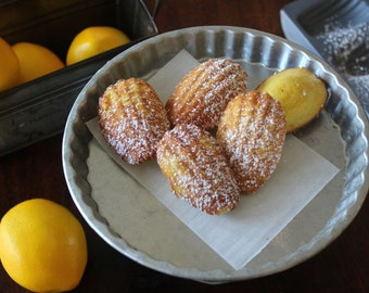 Petit Lemon Madeleine Cakes