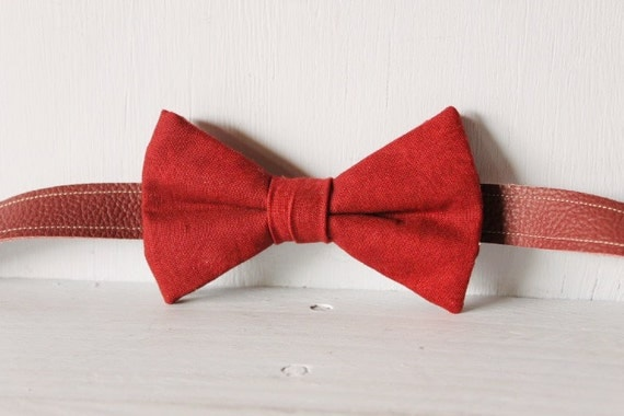 Bow tie unisex >> Maroon bow, leather strap, silver buckle >> Brisbane