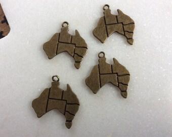 Antique bronze Australia map charm pendants