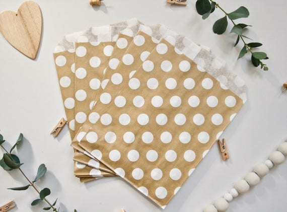 25 Gold and White Paper Bags - Polkadot or Diamond Pattern - Candy Bar Bags Wedding Favour Bags Baby Shower Party Bags Sweet Craft packaging