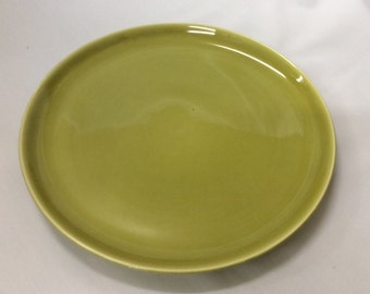 "Vintage Russel Wright American Modern Chartreuse 10"" Dinner Plate made by Steubenville Pottery"