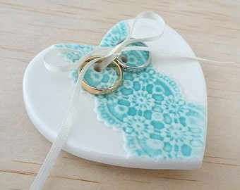Ceramic wedding ring holder. Turquoise ring dish with ribbon. Perfect for wedding ring pillow, wedding gift. Ring bearer.